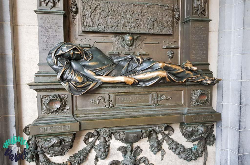 Estatua de Everard´t Serclaes, Bruselas