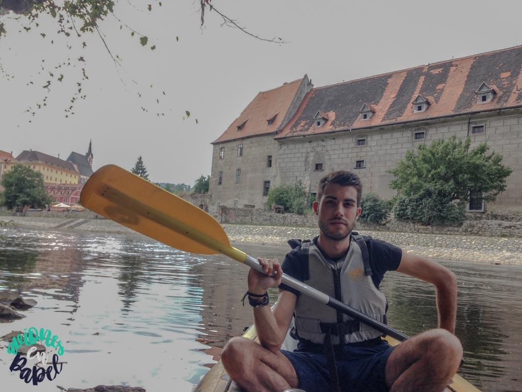 Canoas por el río Moldava. Qué ver y hacer en Cesky Krumlov en 1 o 2 días