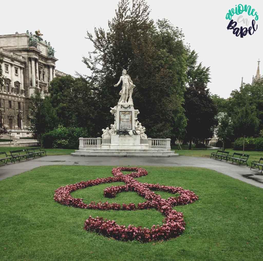 Monumento a W. A. Mozart. Viena