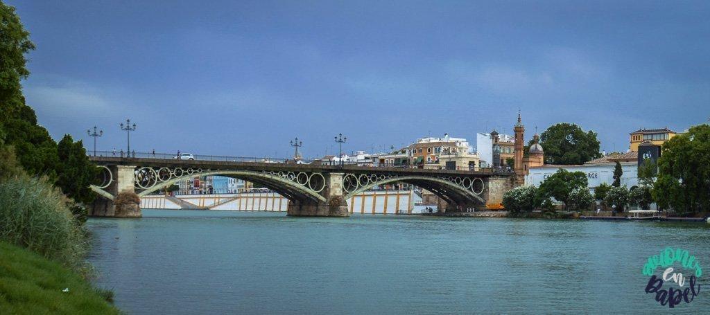 puente_de_triana_guadalquivir_sevilla_andalucia