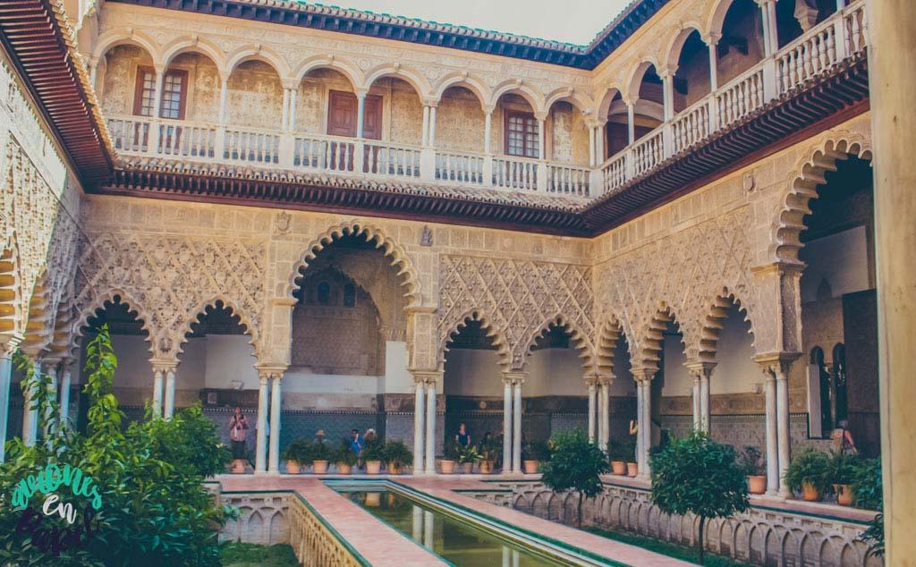 real_alcazar_palacio_patio_doncellas_sevilla_andalucia