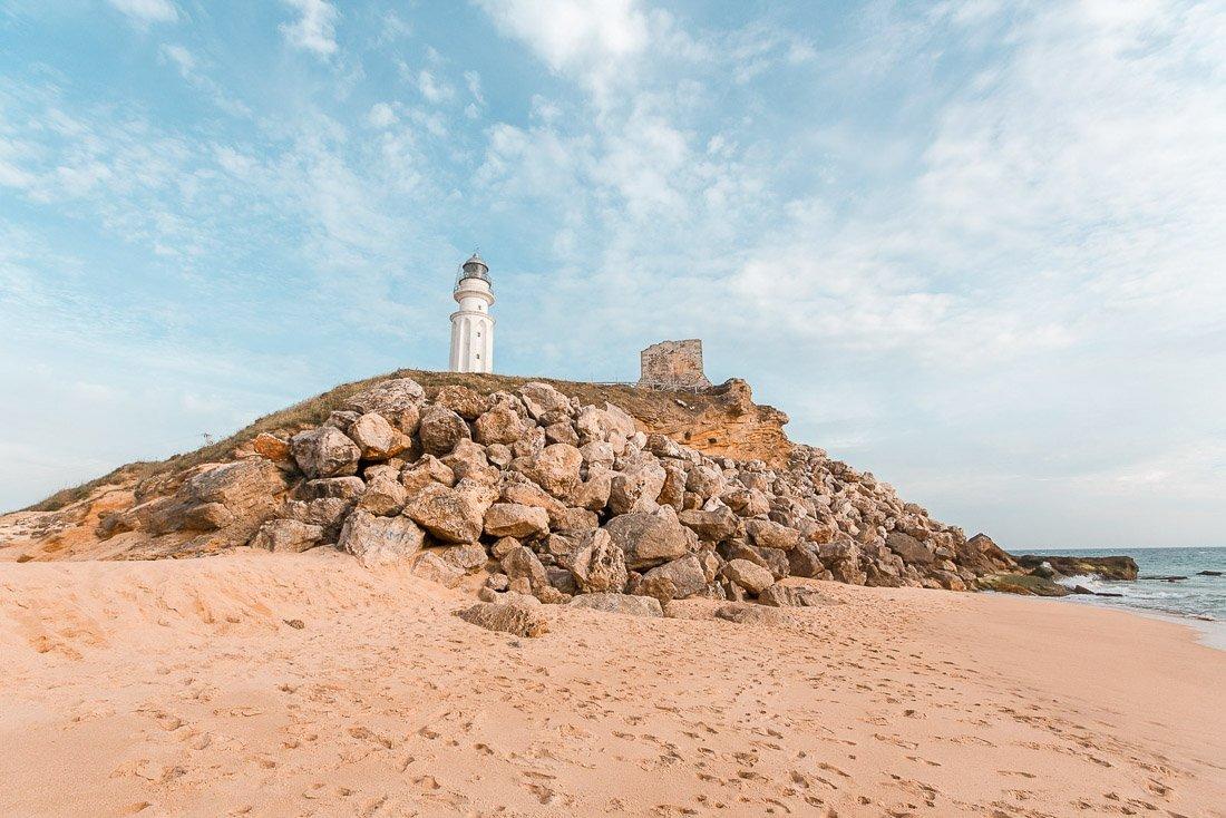 Ruta por las mejores playas y pueblos que ver en Cádiz en 5 días - Faro de Trafalgar