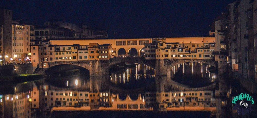 Ponte Vecchio de noche, Florencia