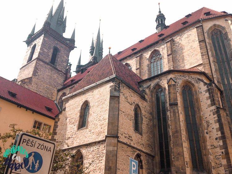 Parte trasera de la Iglesia de Nuestra Señora de Tyn, Praga