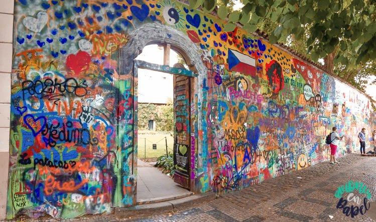 Qué ver en Praga en 3 días: Muro de John Lennon