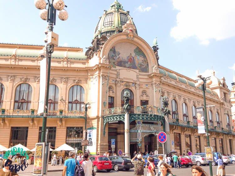 Casa Municipal (Obecní dům) en Praga