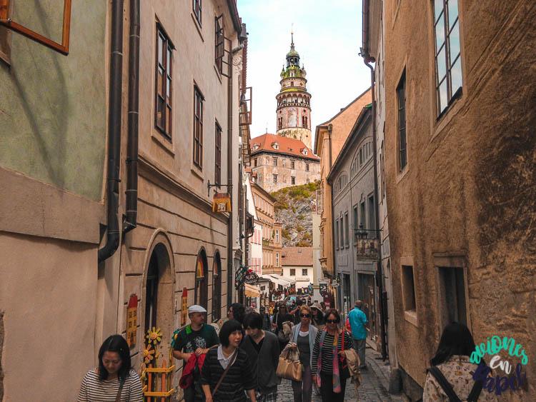 Calle Radniční, una de las más importantes de Cesky Krumlov