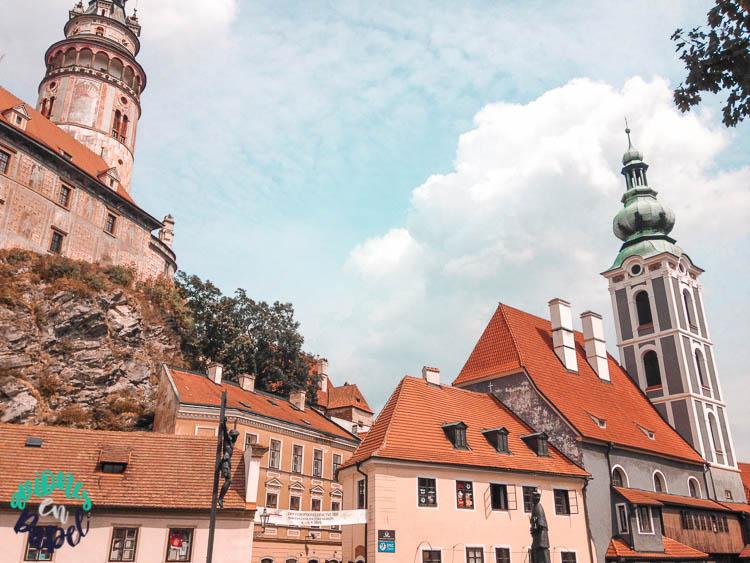 Vistas de Cesky Krumlov desde el puente Lazebnický most