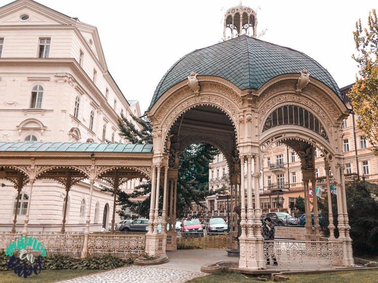 Qué ver y hacer en Karlovy Vary en un día: Columnata del Huerto