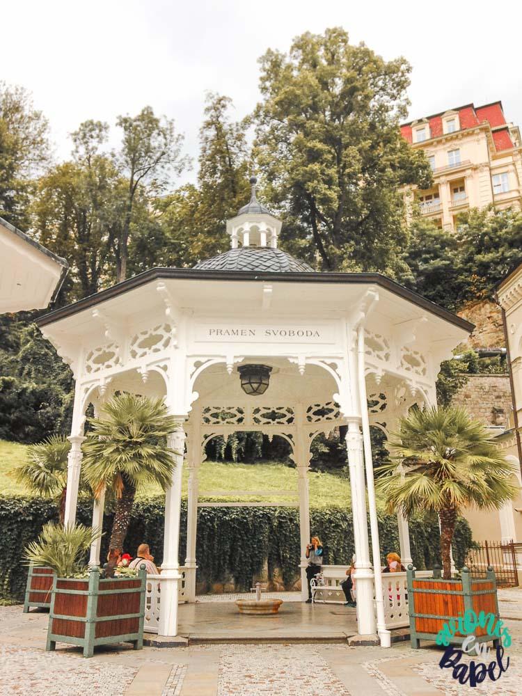 Fuente de la Libertado. Qué ver y hacer en Karlovy Vary en un día