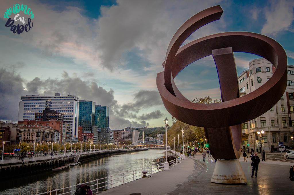 Río Nervión y casco viejo de Bilbao