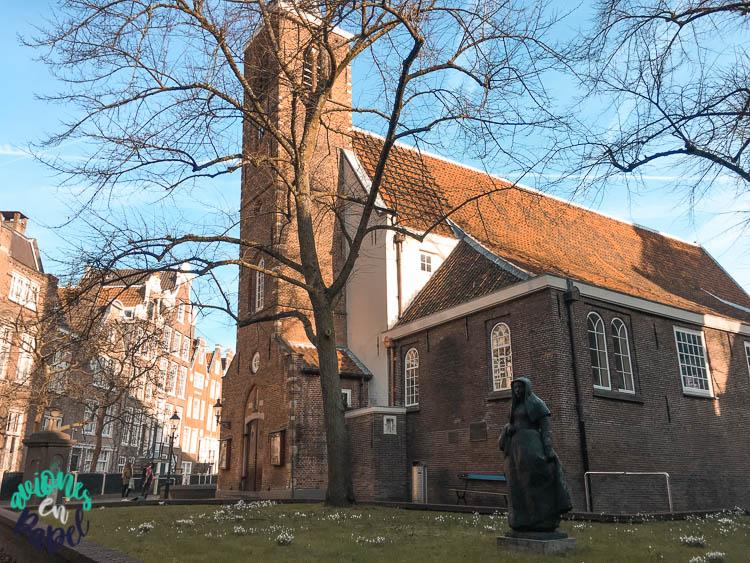 Engelse Kerk en el beguinario de Ámsterdam