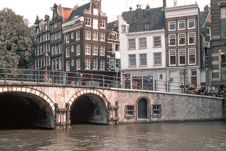 Puente de Torensluis. Qué ver en Ámsterdam en 3 días