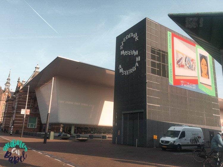 Qué ver en Ámsterdam en 3 días - Museo Stedelijk