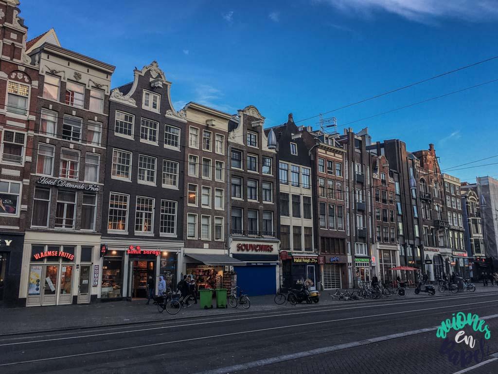 Avenida Damrak - Ámsterdam