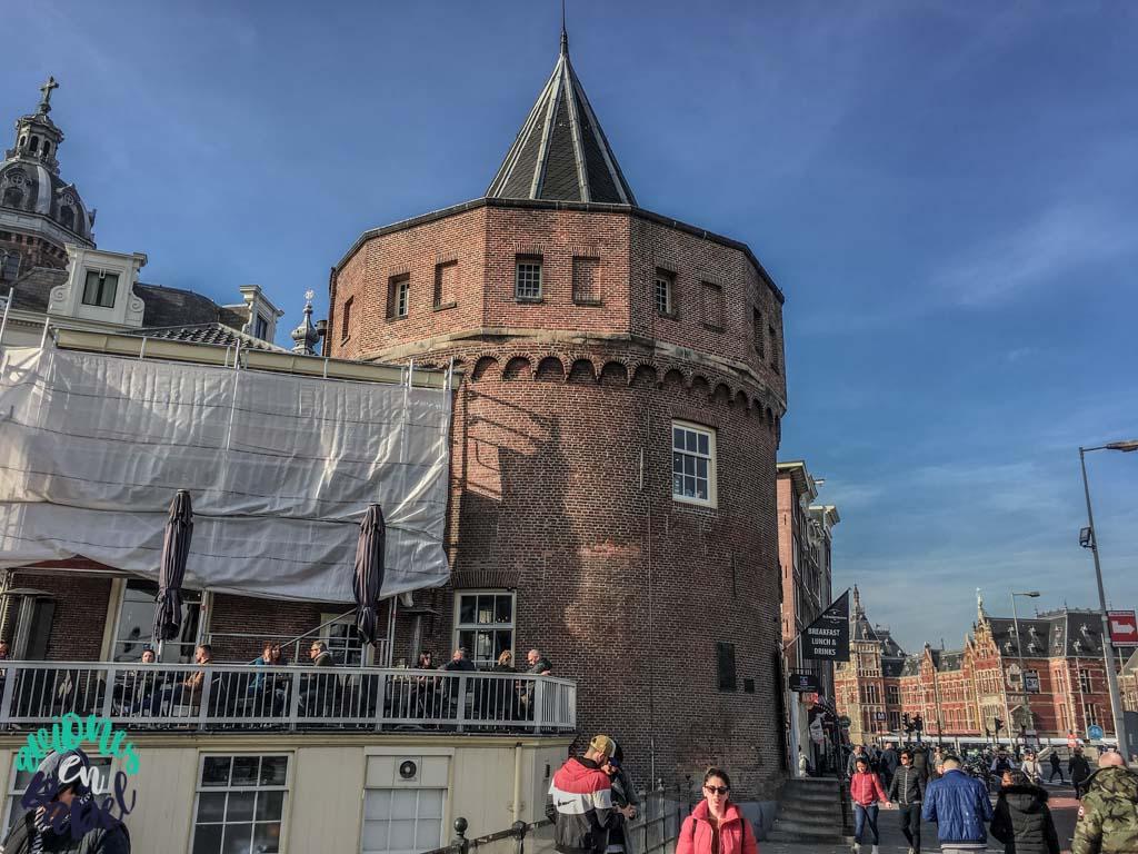 Torre de las lágrimas. Qué ver y hacer en Ámsterdam en 3 días