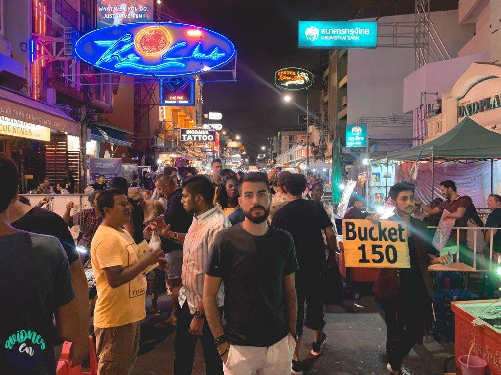 Khao San Road de noche. Qué ver en Bangkok en 3 días