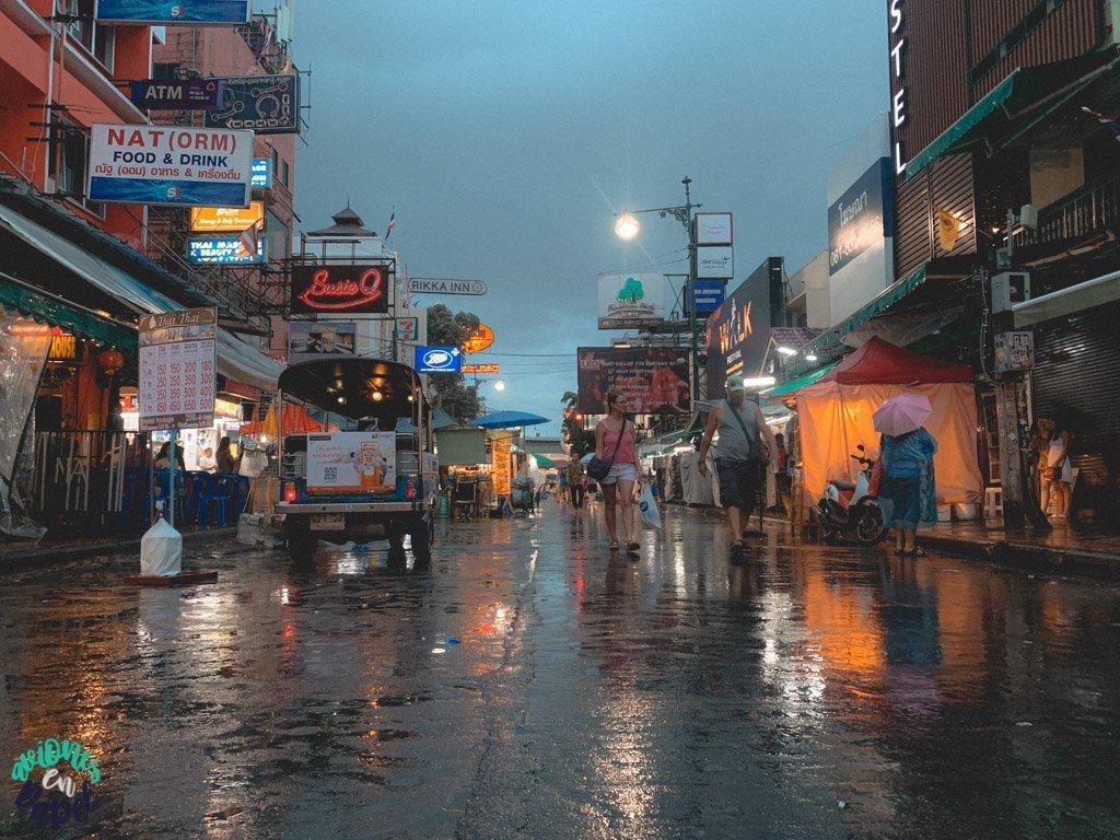 Khao San Road. Qué ver en Bangkok en 3 días
