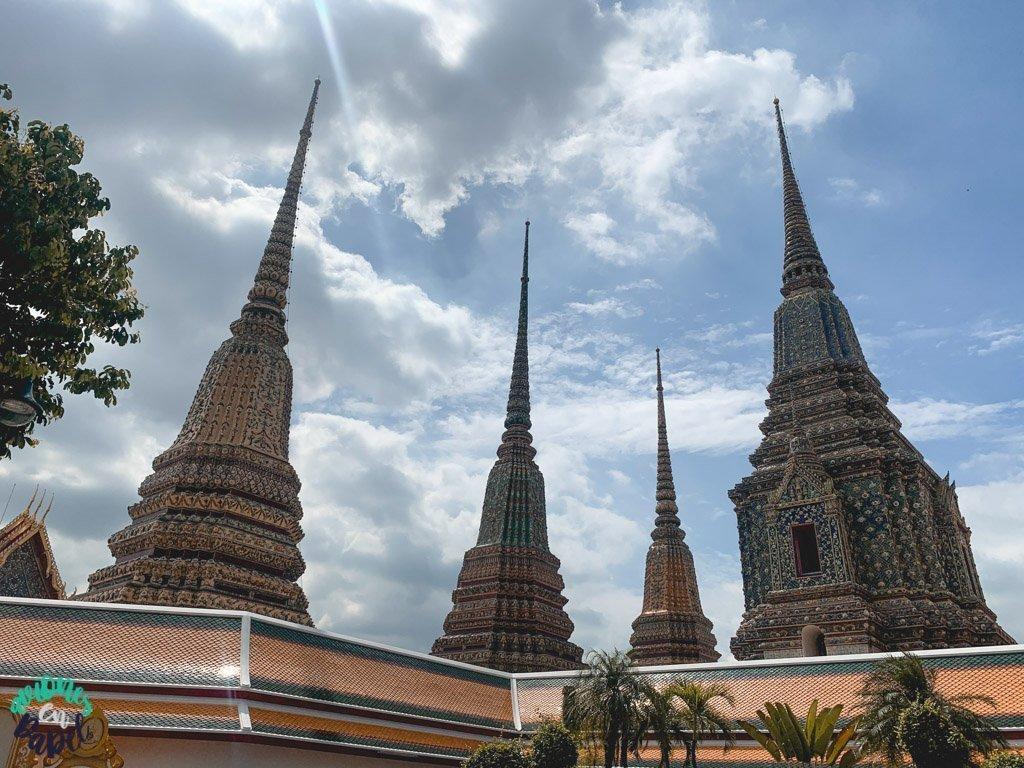 Phra Maha Chedi Si Rajakarn del Wat Pho. Qué ver en Bangkok en 3 días