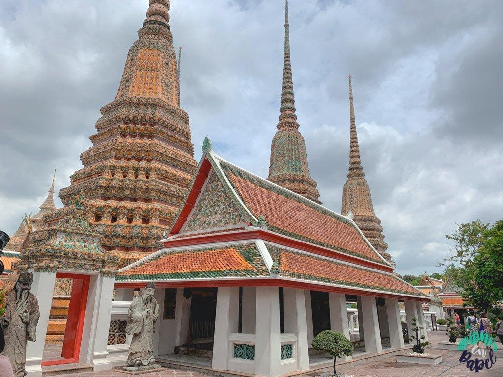 Escuela tradicional de masaje tailandés. Bangkok