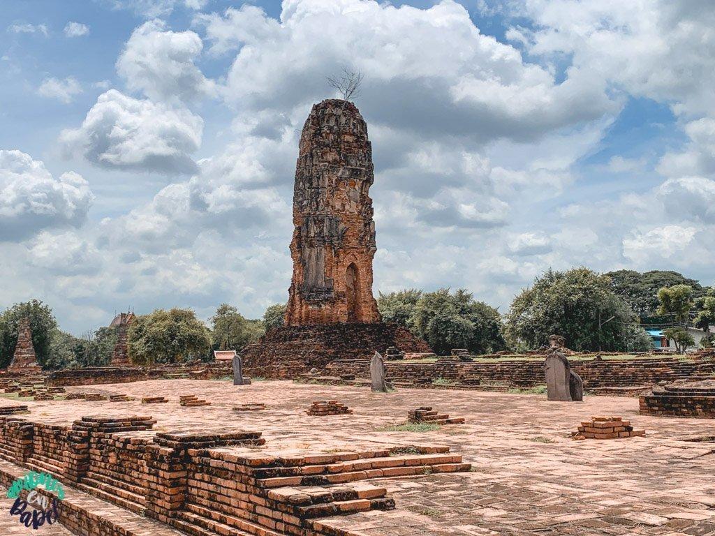 Wat Lokayasutharam. Ayutthaya