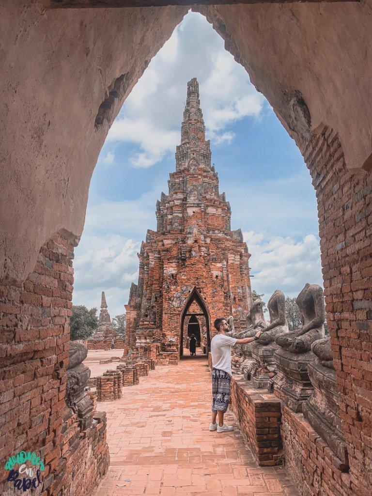 Torres del Wat Chaiwatthanaram. Ayutthaya