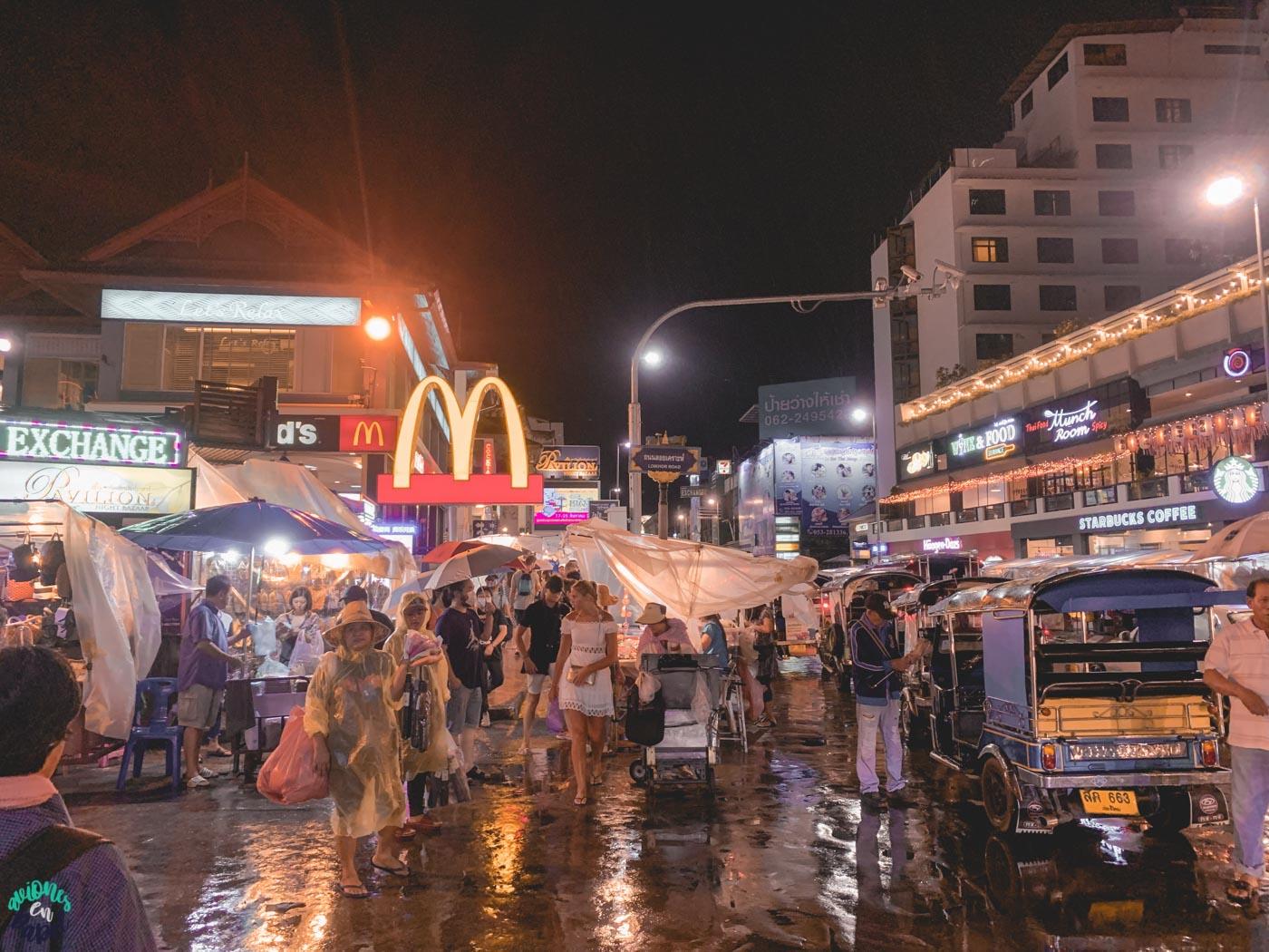 Night Bazaar - Qué hacer en Chiang Mai en 3 días