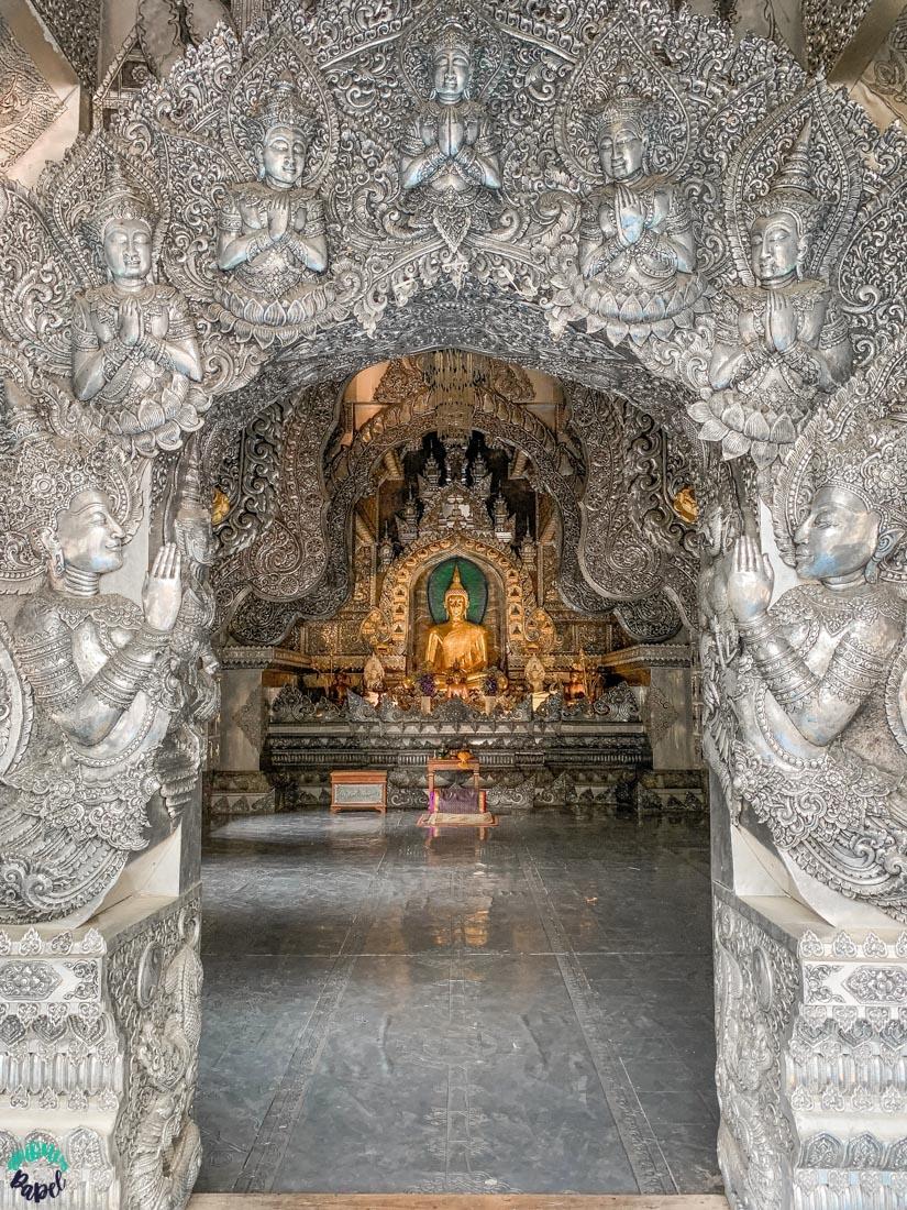 Interior del Templo de Plata. Chiang Mai