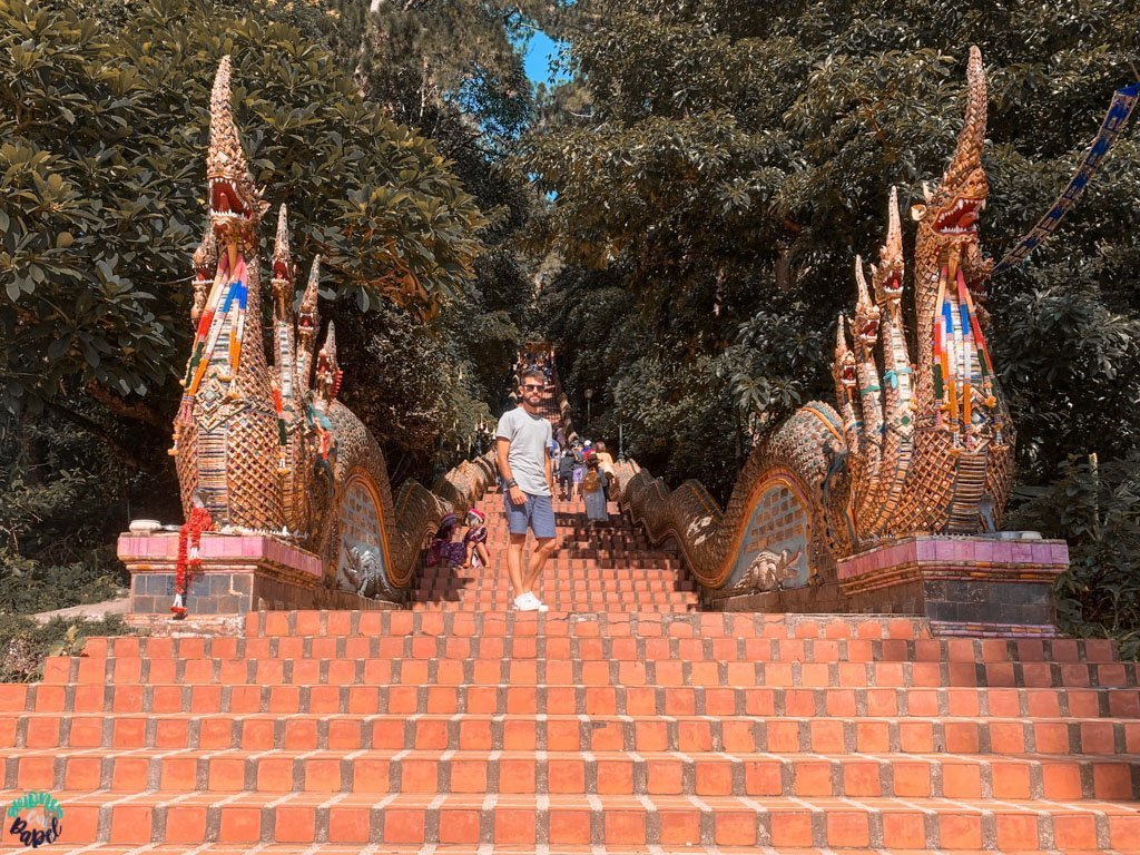 Qué ver y hacer en Chiang Mai en 3 días - Escaleras Do Suthep