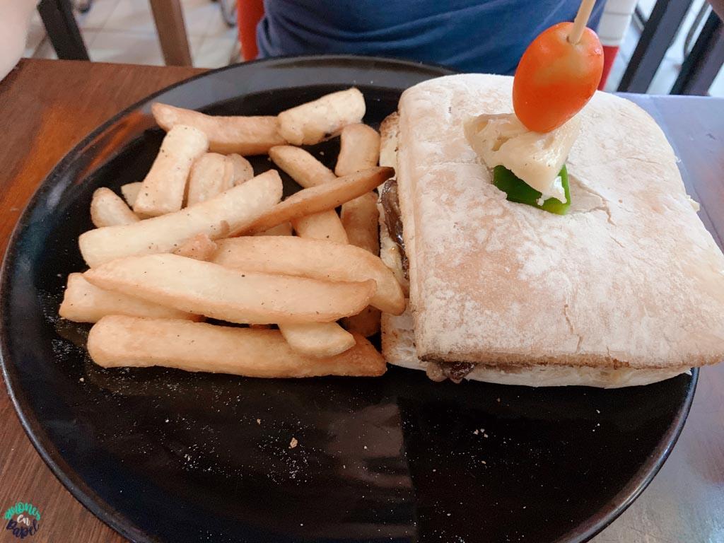 Restaurante Cosmic en Koh Phi Phi Don