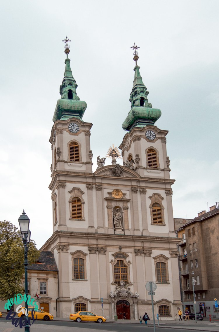 Qué ver y hacer en Budapest en 4 días - Iglesia de Santa Ana