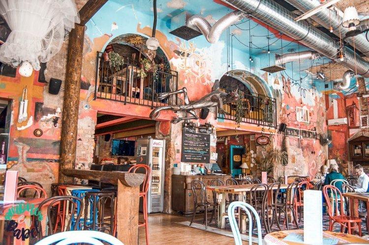 Púder Bárszínház, los mejores Ruin Bar de Budapest