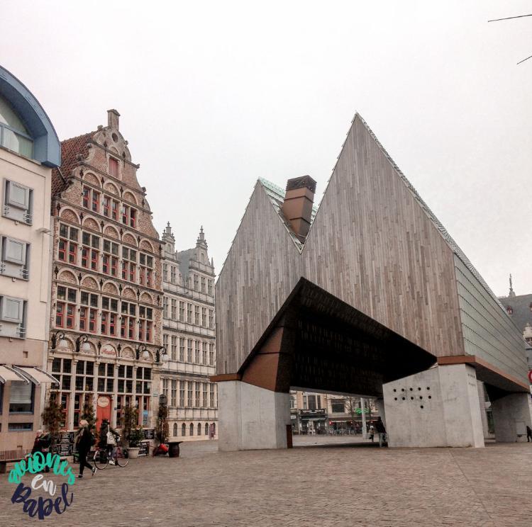 Qué ver y hacer en Gante en un día - Stadshal