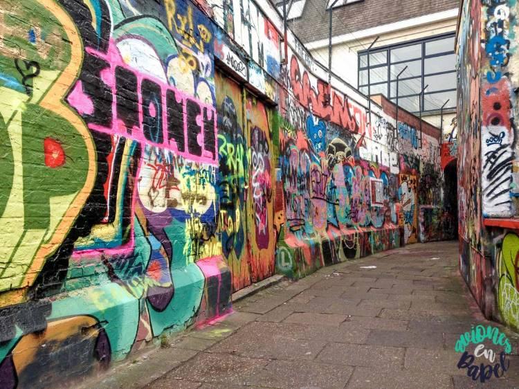 Qué ver y hacer en Gante en un día: Calle de los Grafitis