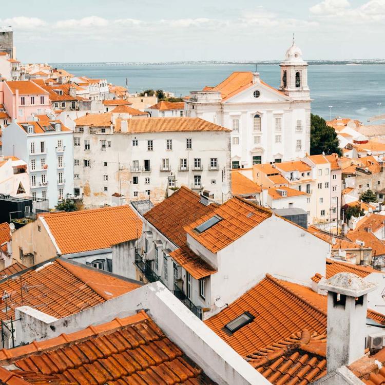 MIradouro de Santa Luzia, imprescindible qué ver y hacer en Lisboa en 3 días