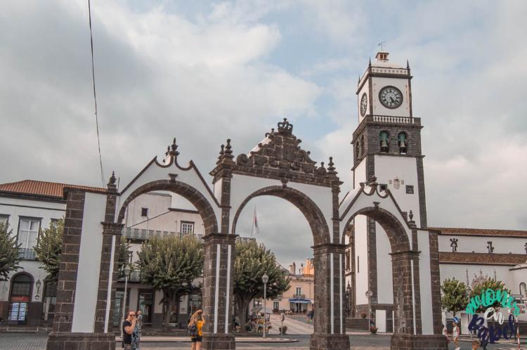 Qué ver y hacer en Sao Miguel en 7 días: Portas da Cidades