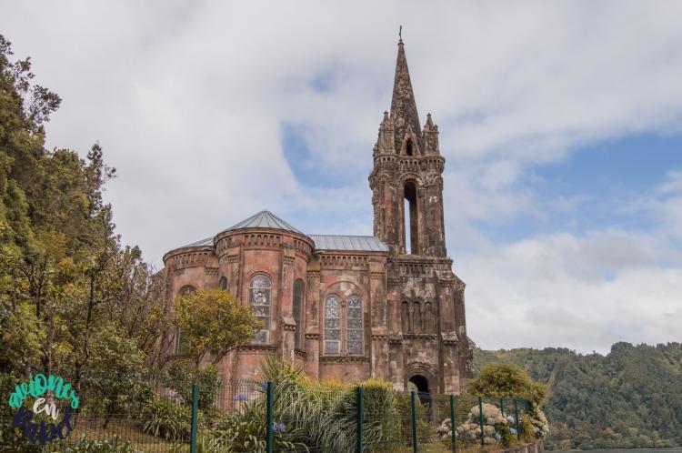Ermita en Lagoa das Furnas - Qué ver y hacer en Sao Miguel en 7 días