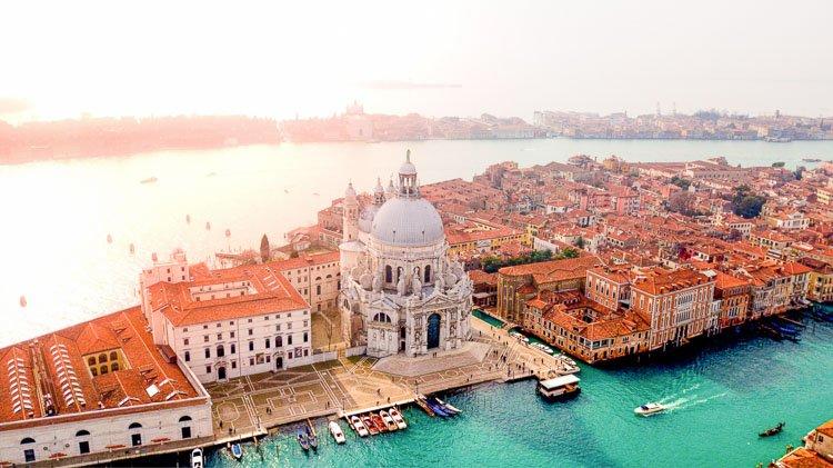 Qué países abren sus fronteras al turismo post COVID: Italia