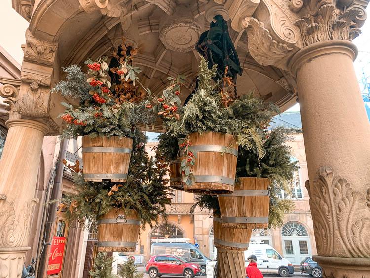 Qué ver en Obernai: Pozo de los Seis Cubos