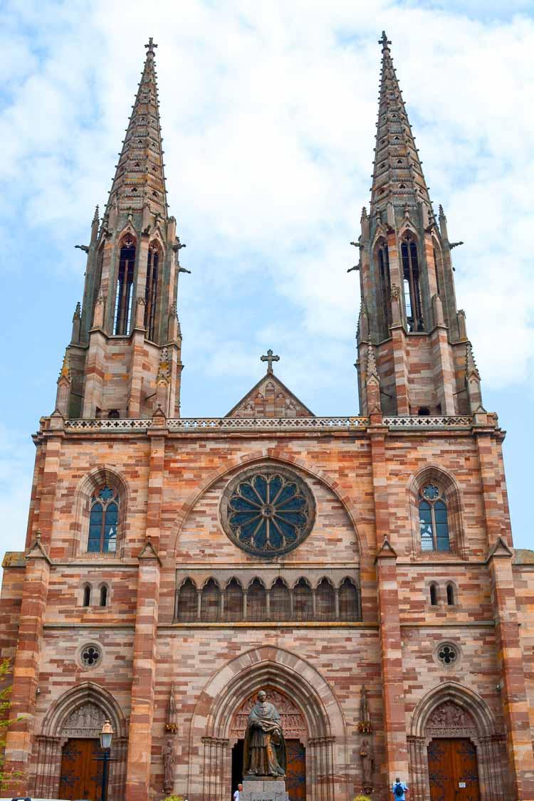 Qué ver en Obernai: Iglesia de San Pedro y San Pablo