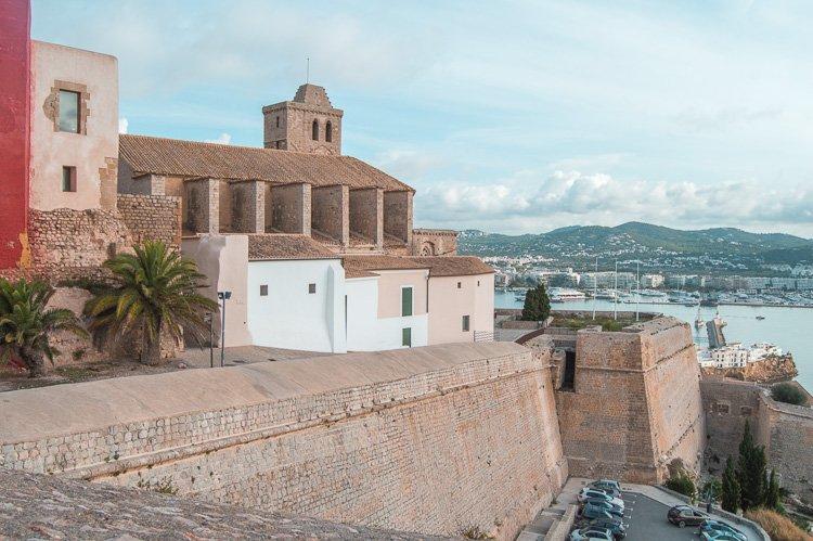 Castillo de Ibiza - Qué ver en Dalt Vila, centro de Ibiza ciudad