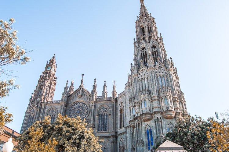 Qué ver en Arucas: Parroquia San Juan Bautista