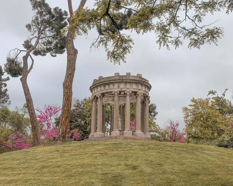 Templete del parque de El Capricho en Madrid