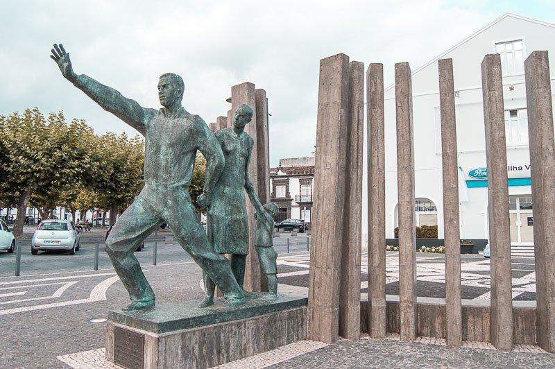 Monumento al Emigrante: Ponta Delgada