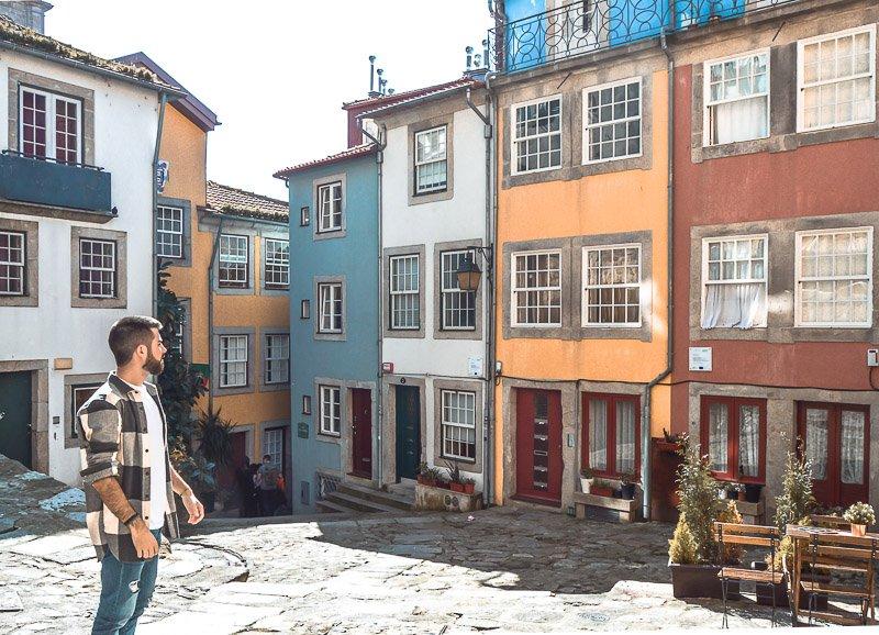 Barrio de la Sé, uno de las zonas donde alojarse en Oporto