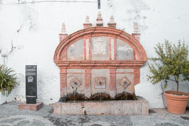 La Fuente Vieja I Qué ver en Frigiliana en un día