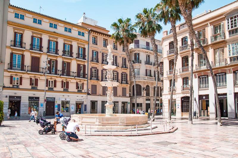 Plaza de la Constitución - Qué ver y hacer en Málaga en un día