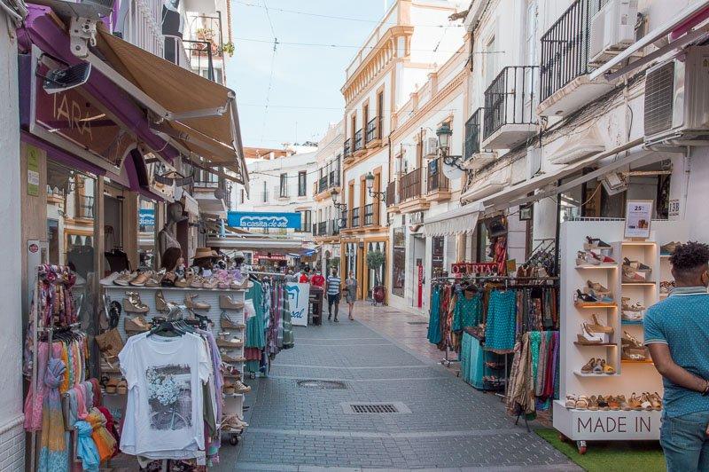 Calle Pintada, una de las más turísticas de Nerja