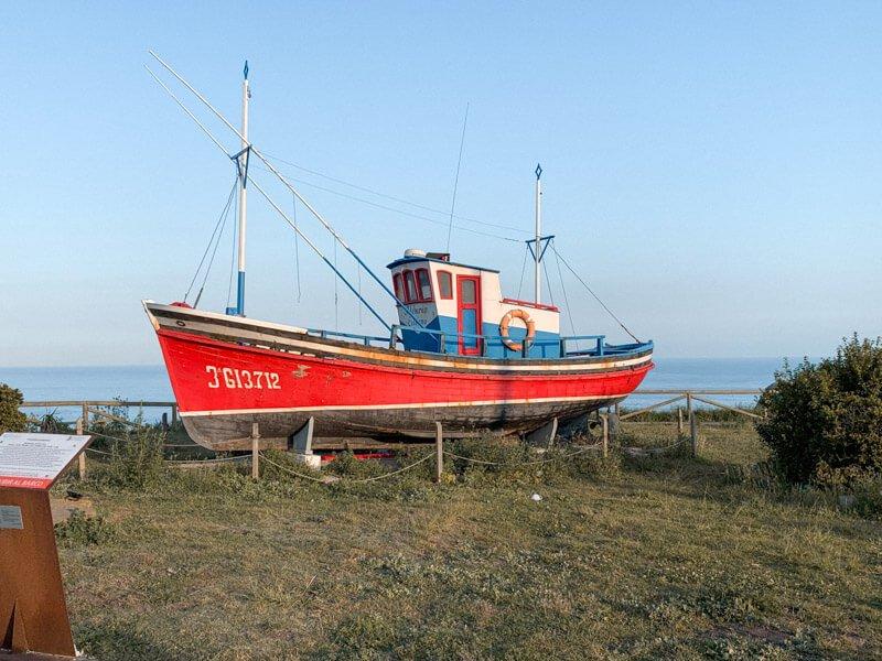 Barco pesquero Aldebarán en Oviñana, Asturias